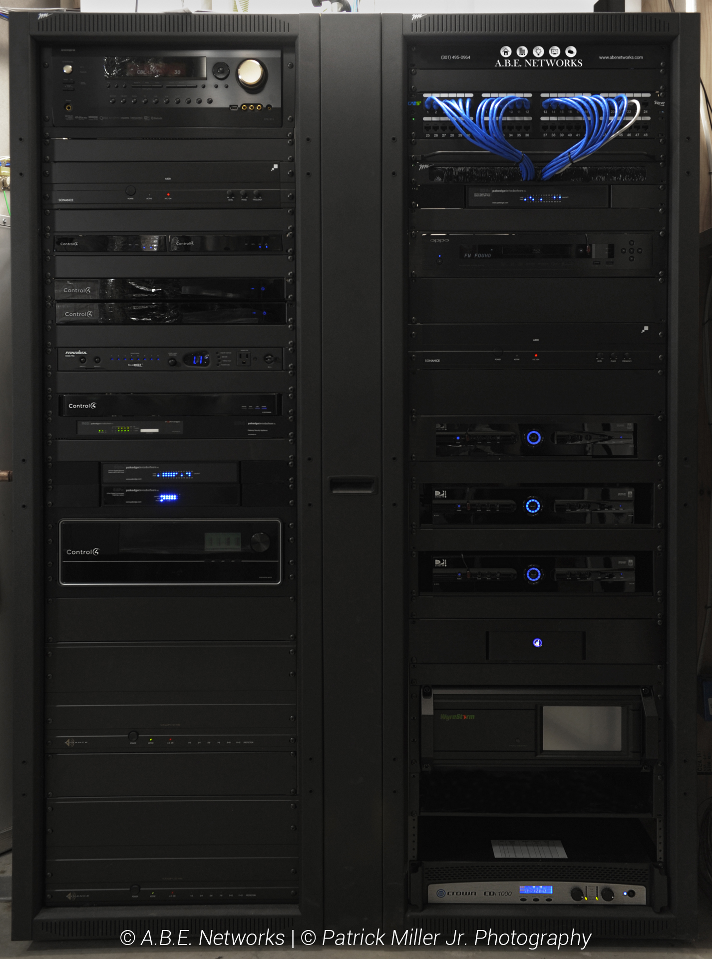 Technology Integration Rack System_Home Automation_Surround Sound_Power Management_Networking_Entertainment